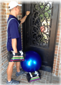 "personal trainer knocking on door of home in coppell"" vspace="