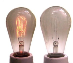 2 light bulbs
